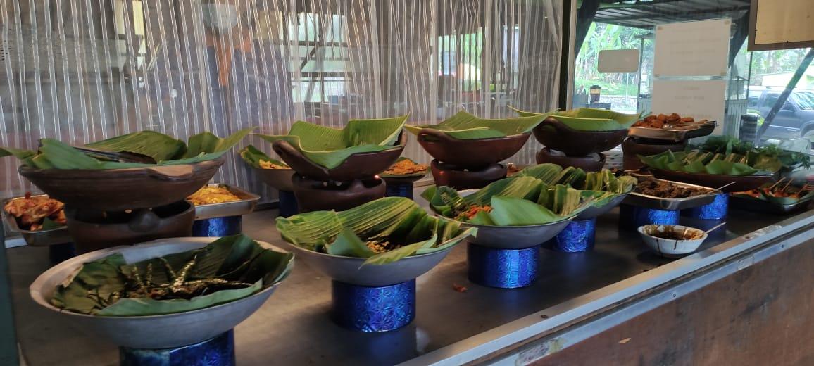 Prasmanan ala Rumah Makan Warung Nangka Cijambe Subang